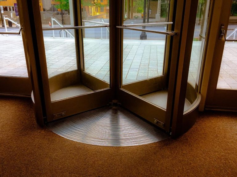A revolving door. Image by Bradley Huchteman (www.flickr.com/photos/sypsyn)
