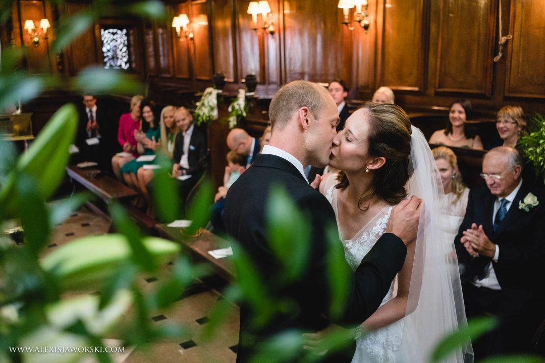 A wedding in the St Edmund Hall Chapel, photo by Alexis Jaworski